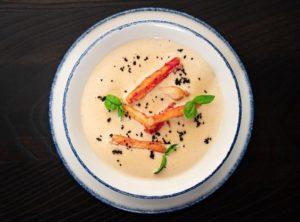 Сливочный крем-суп с дальневосточным крабом